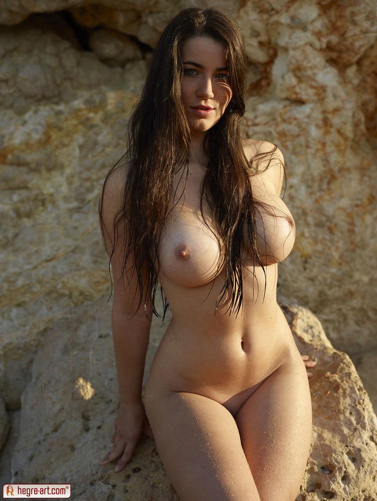 girls-like-tits
