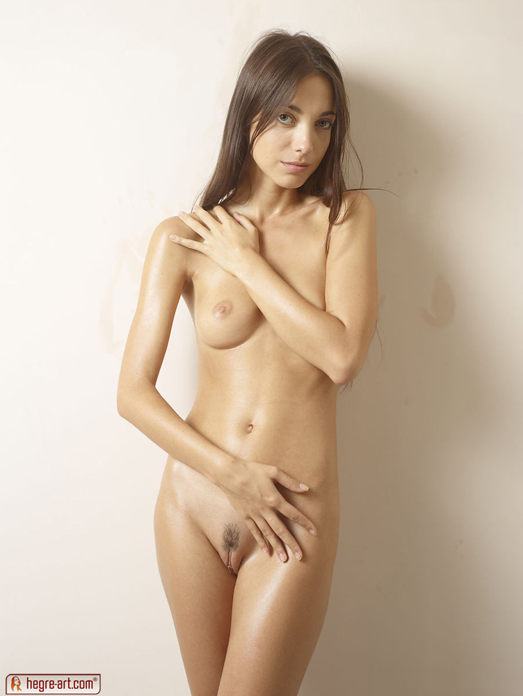 Naked girl thin abs