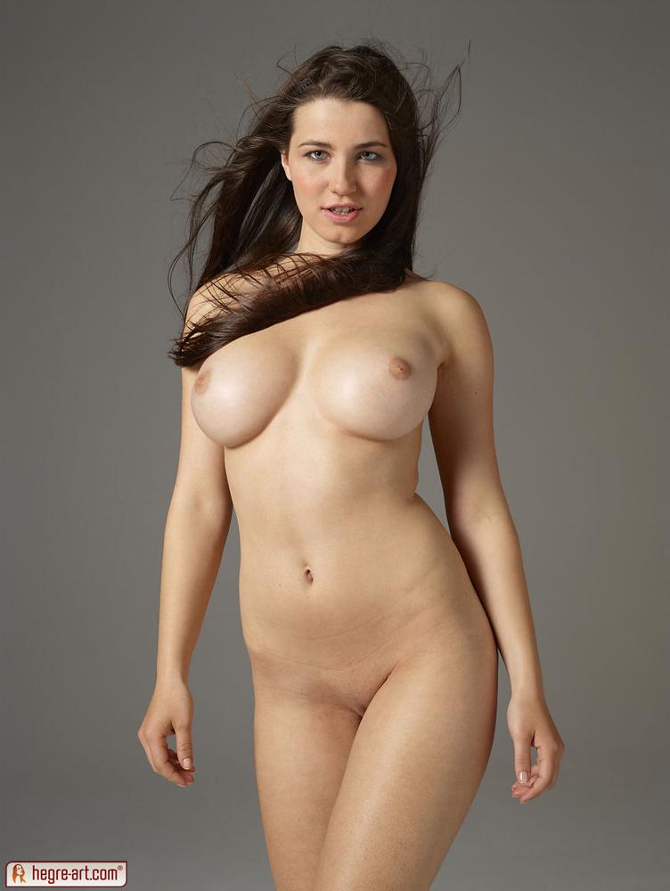 Model plus yara size