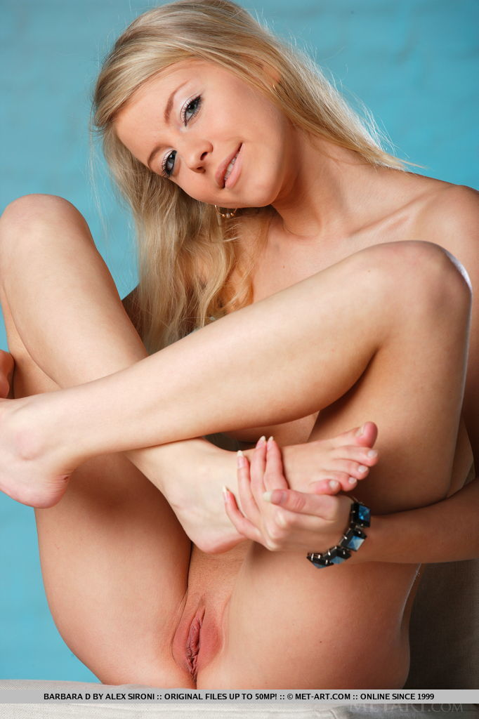 Naked swedish pussy pictures