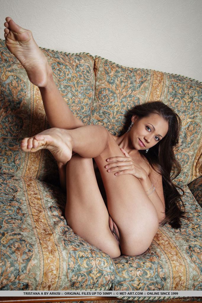 Nude Athena