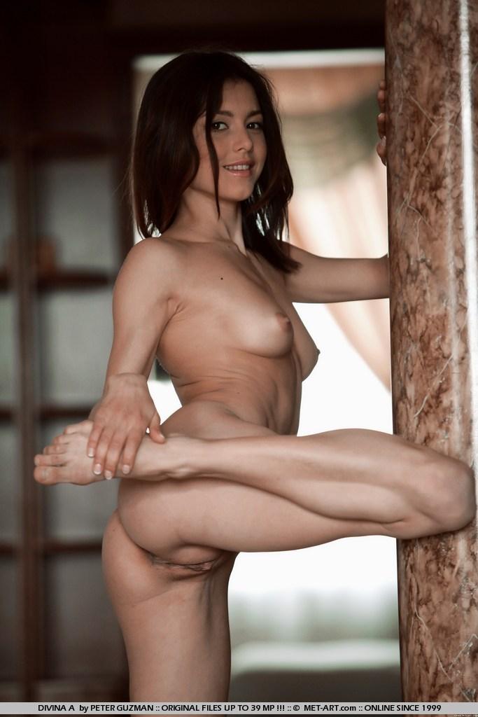 Black muscle girl porn