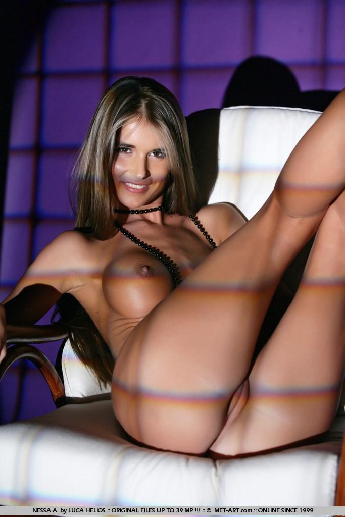 One nude met girl