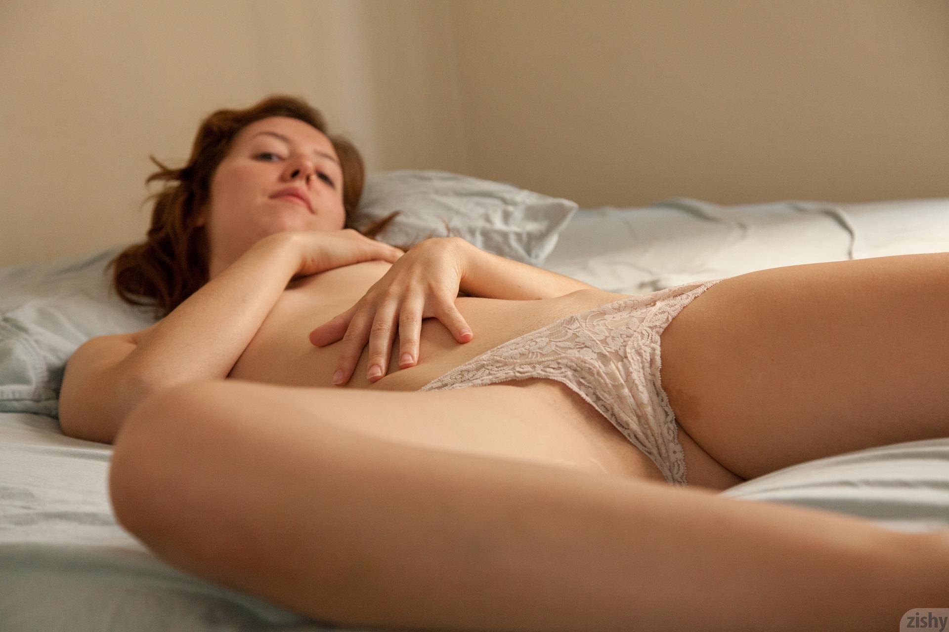 Sexy girl masturbate gif