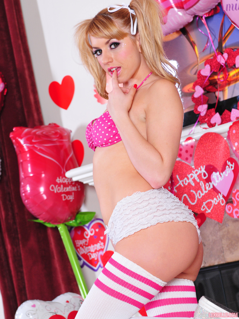 Valentine s day naked girls