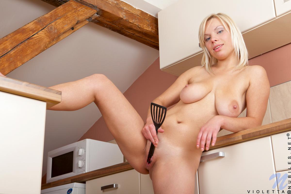 Busty girl shower porn